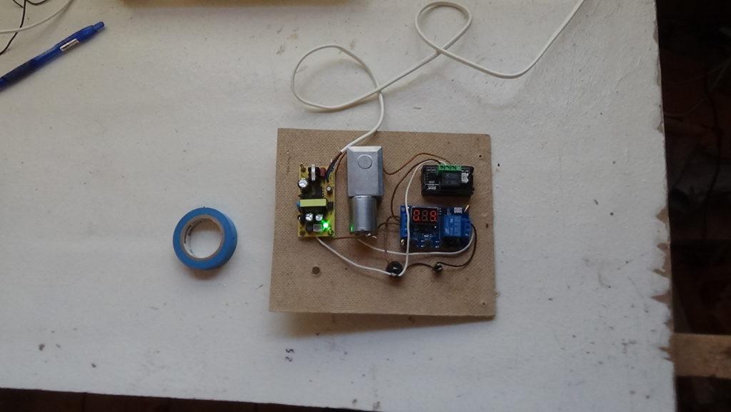 панель блока инкубатора